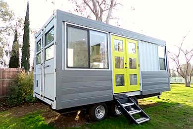 Tiny Container House on Wheels details1